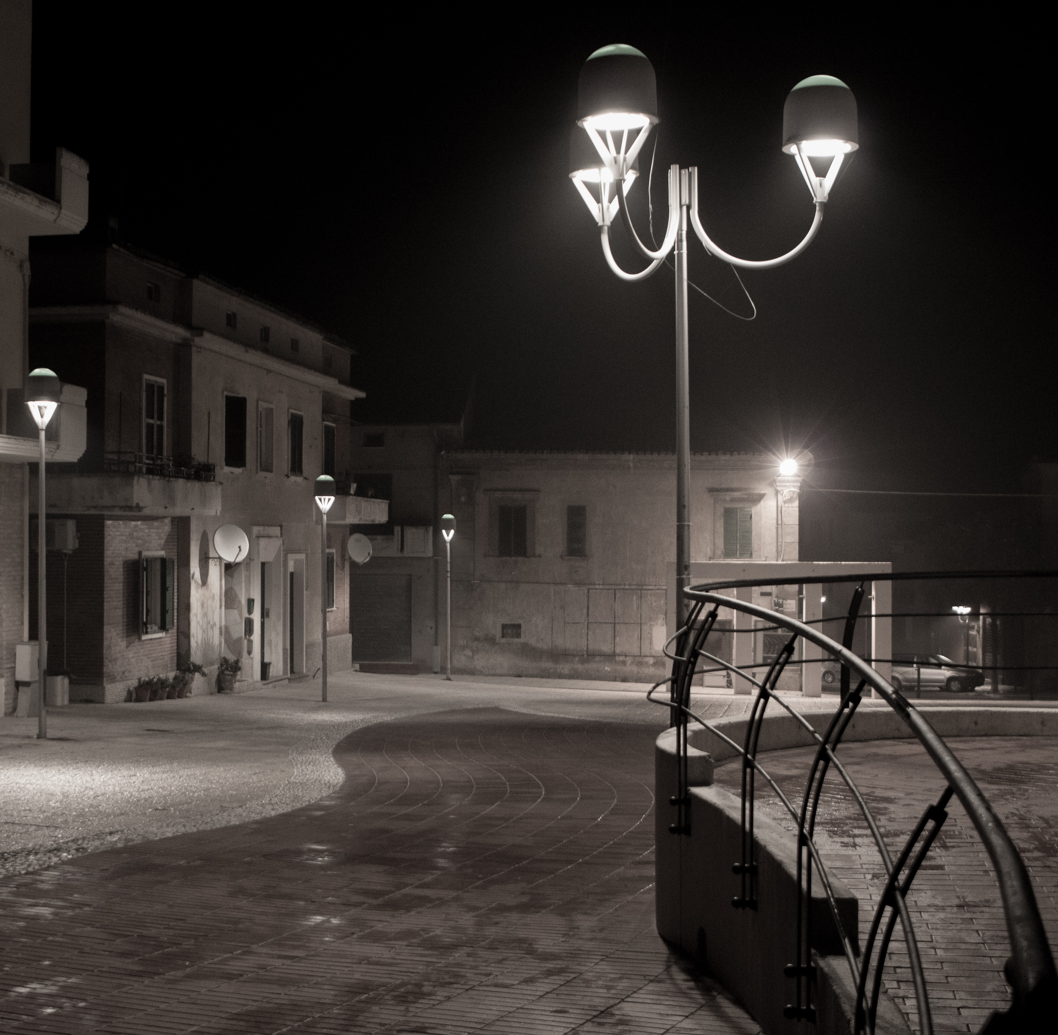 Cupello by night